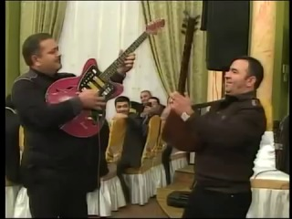Mubariz vs Rafiq Mustafayev (saz vs gitara)